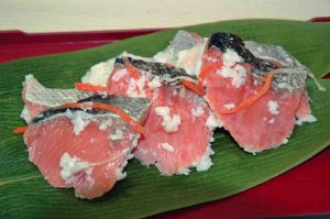秋鮭飯寿司